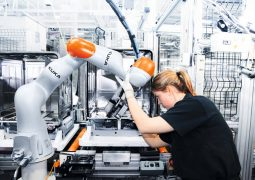 Cobot Use in Manufacturing